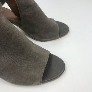 14th & Union Shoes - 14th & Union block heel peep toe bootie zip back